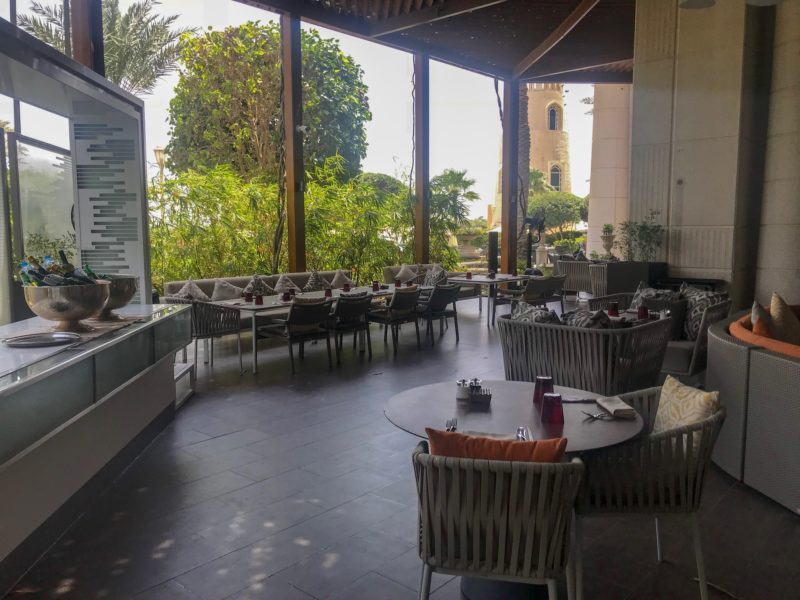 Four Seasons Doha - view of outdoor patio at Elements restaurant