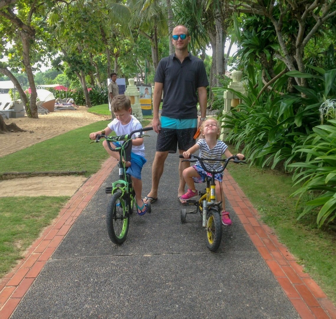 Nusa Dua - Mr Wanderlsut with the Things on bikes