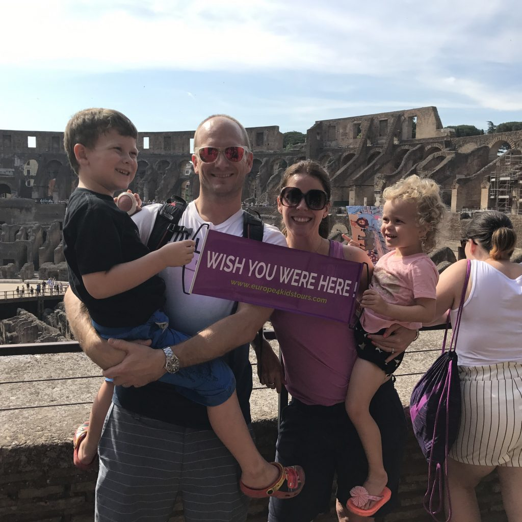 Easy Holidays - Wanderlust family in the Coliseum in Rome
