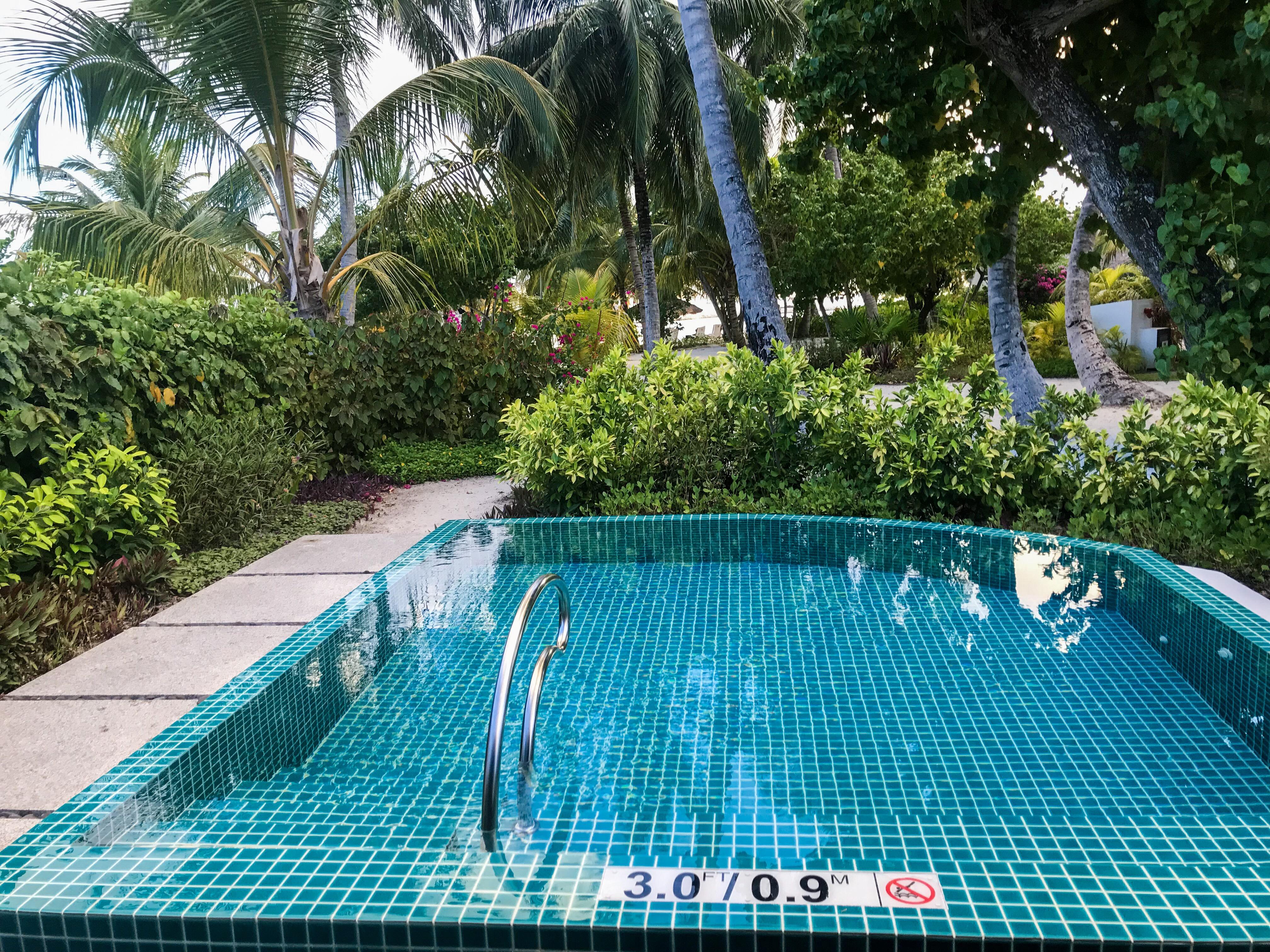 Island Cottage Pool
