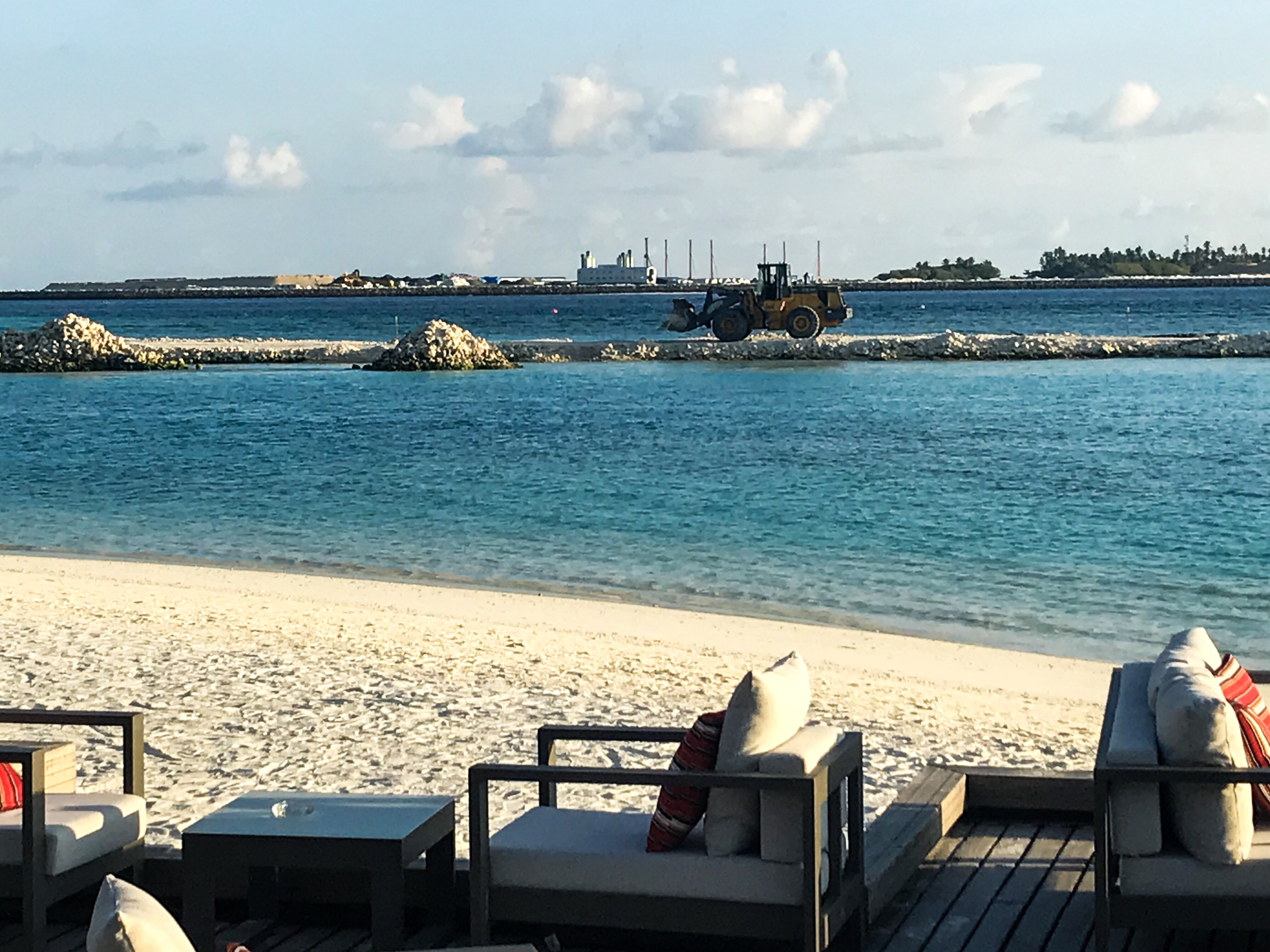 The building work at the Sheraton Maldives spoilt the view a bit but not the overall experience