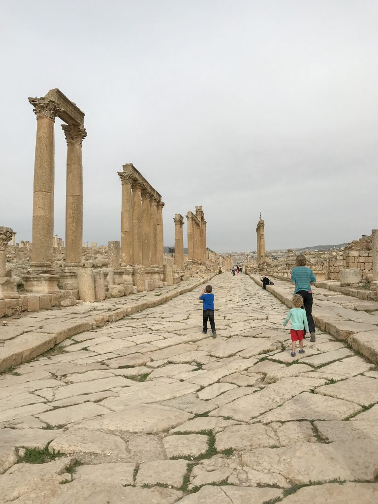 Jordan Itineraries - colonnaded street in Jerash