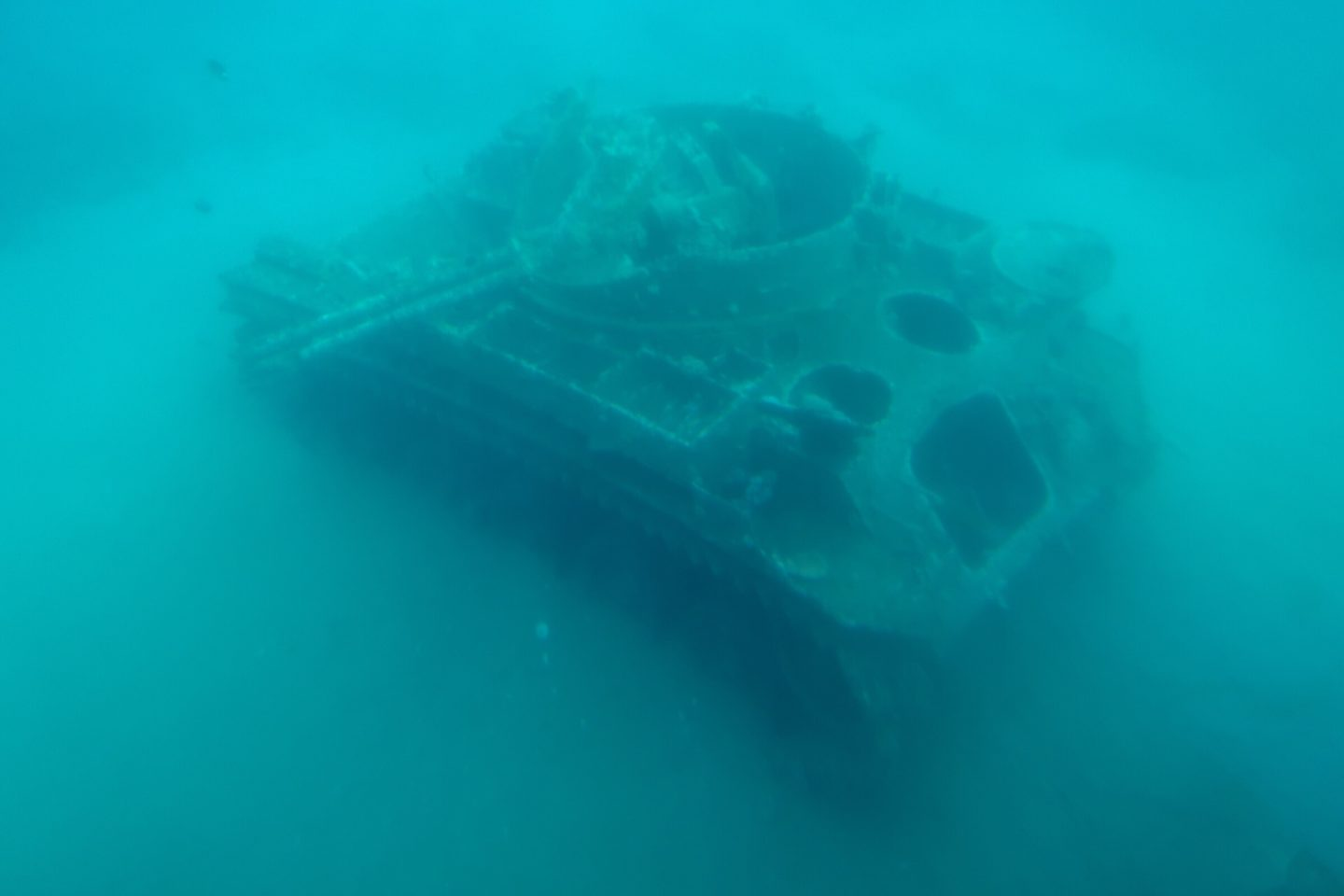 Jordan Adventures Part 5 - Aqaba and the Red Sea - a tank submerged in the sea!
